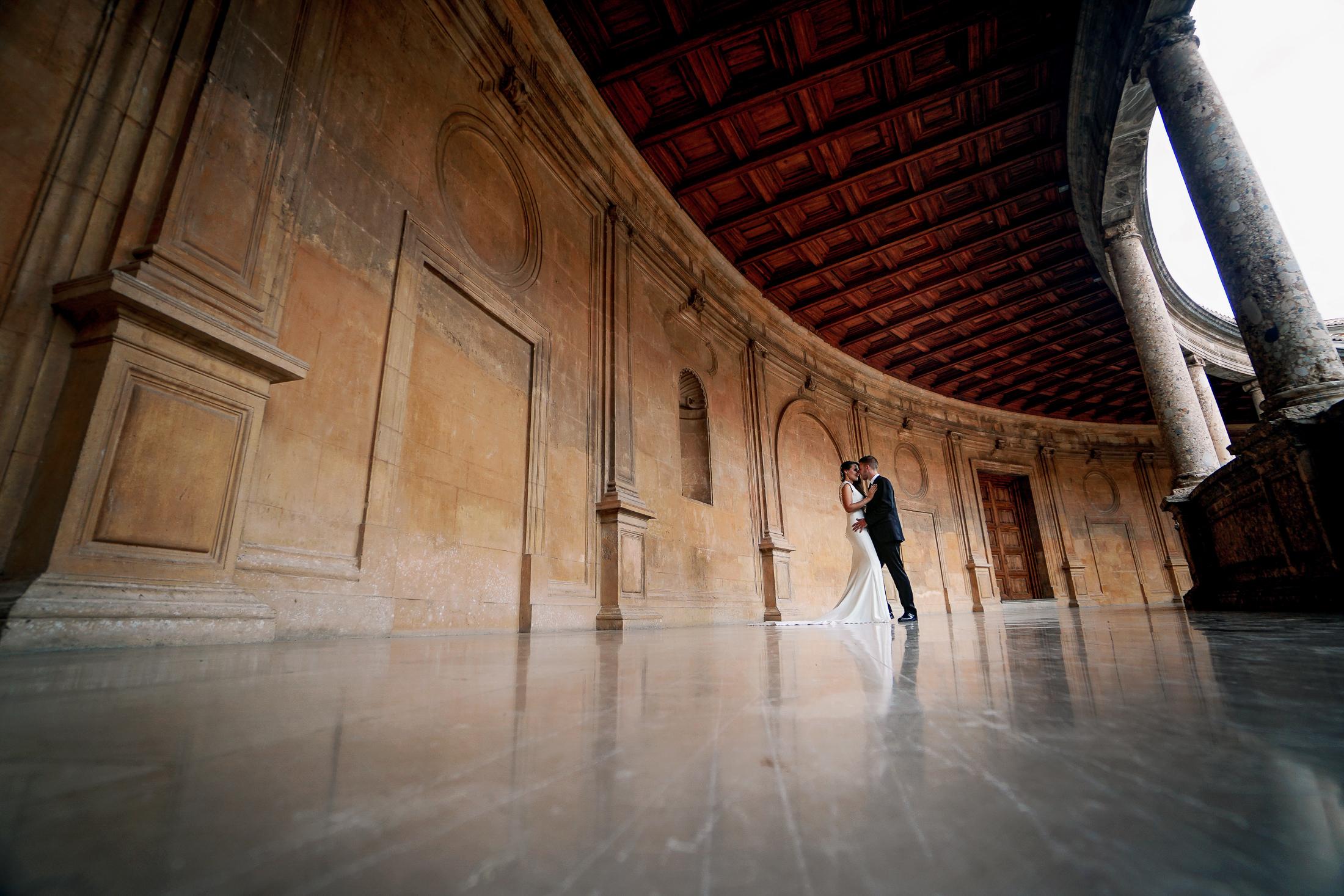 Postboda en Alhambra. Carlos V