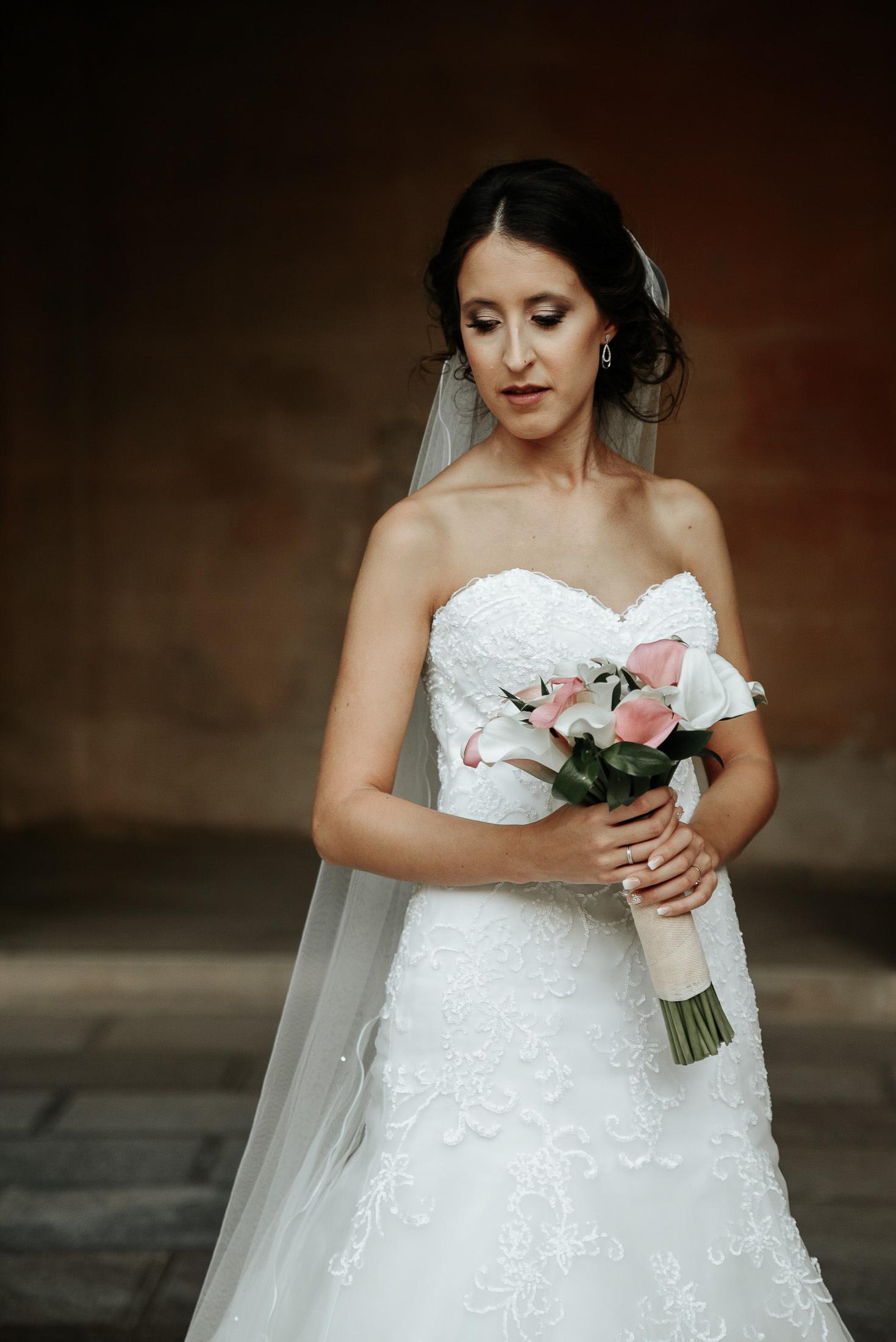 Wedding in Alhambra - Bride