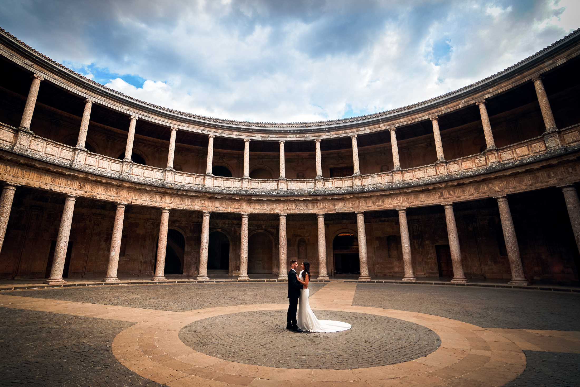 Wedding in Alhambra Palace of Charles V