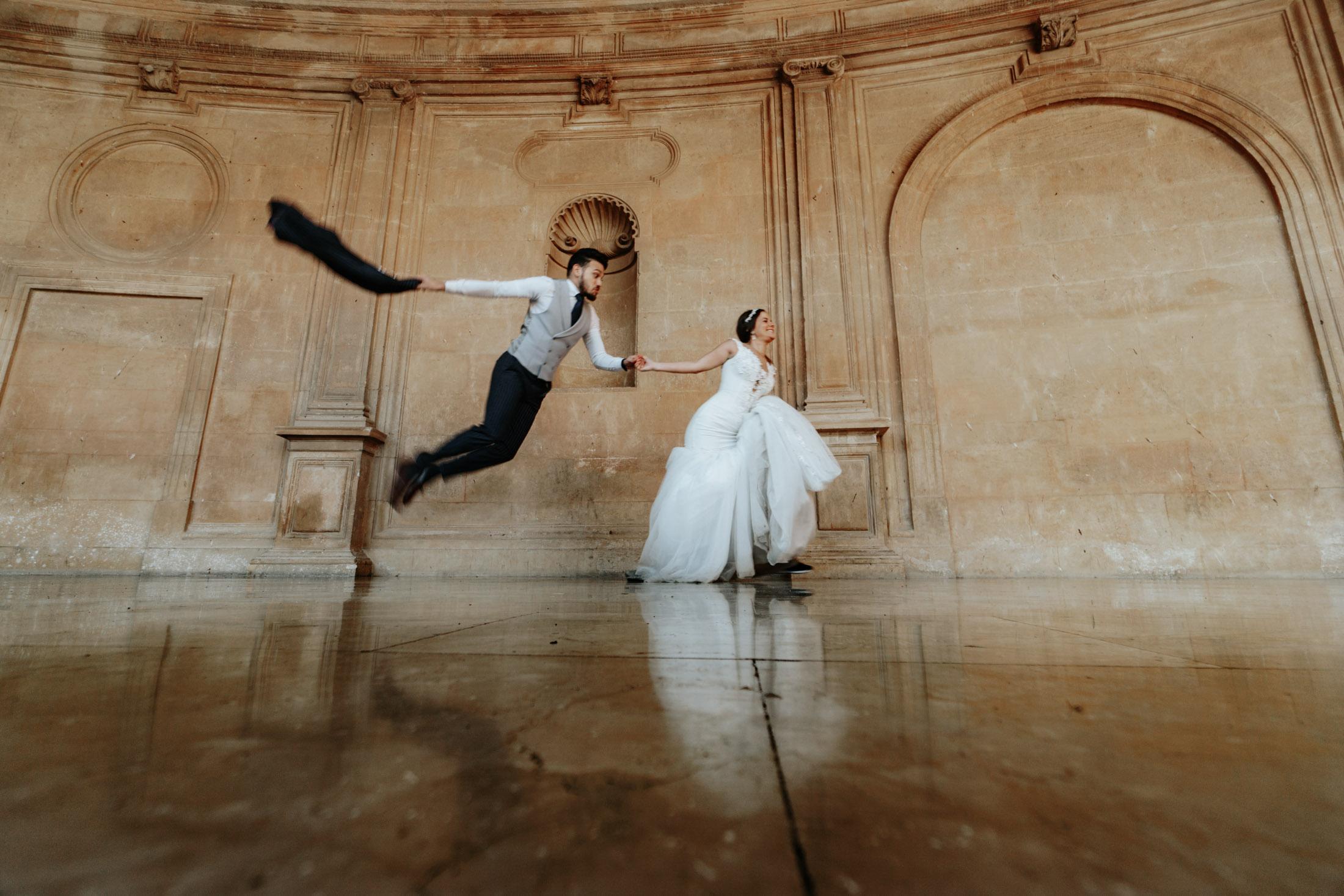 Fun Wedding in Spain. Alhambra