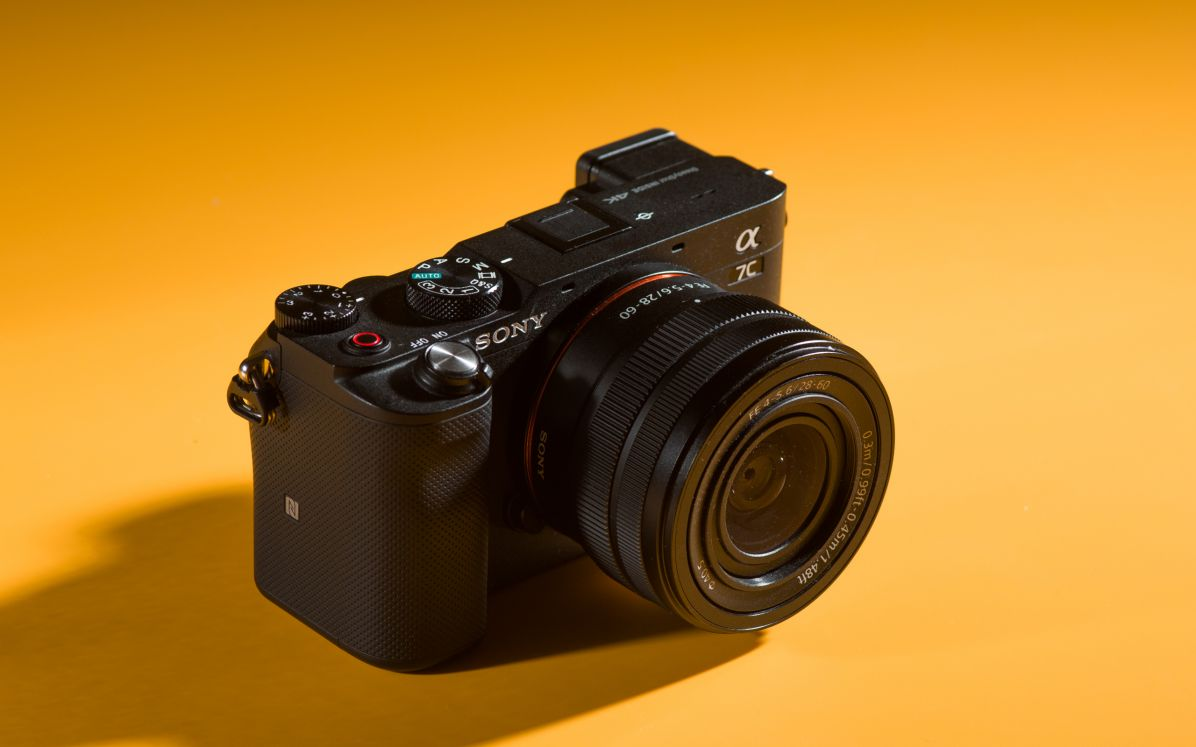 Review Sony A7C